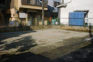 解体工事完了後駐車場作成