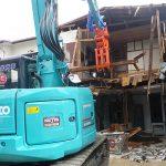 建物本体の解体、廃材の搬出