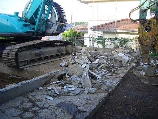 解体工事上屋撤去完了