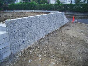 CP型枠ブロック擁壁1